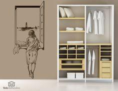 "Vinilo decorativo ""Muchacha en la ventana"" inspirado en la famosa obra de Salvador Dalí #teleadhesivo #decoracion #dali"