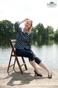 Mc Calls the perfect blouse Printed Blouse, Timeless Fashion, Polka Dot Top, Chanel, Couture, Lifestyle, Classic, Columns, Vintage