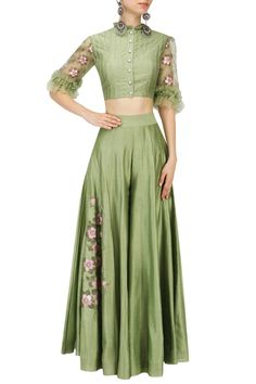 Baavli presents Green embroidered crop top and Sharara pants set available only at Pernia's Pop Up Shop. Indian Gowns Dresses, Indian Outfits, Indian Attire, Indian Wear, Bride Dresses, Girls Dresses, Choli Designs, Sari Blouse Designs, Indian Crop Tops