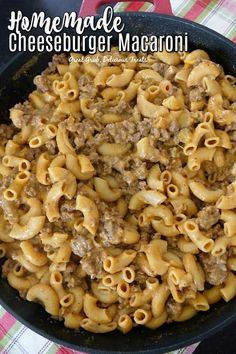 Homemade Cheeseburger Macaroni is loaded with perfectly seasoned ground beef, macaroni and lots of c Elbow Macaroni Recipes, Beef Macaroni, Beef Pasta, Pasta Meals, Easy Casserole Recipes, Pasta Recipes, Cooking Recipes, Chicken Recipes, Dinner Recipes