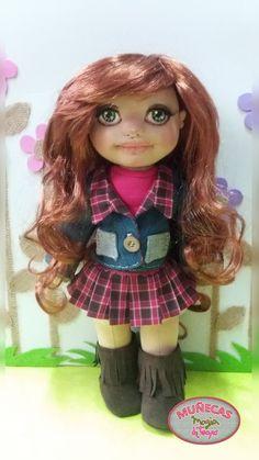 muñeca estilo waldorf