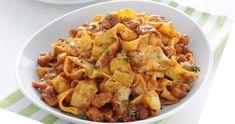 Γιουβέτσι κουνέλι κοκκινιστό με παπαρδέλες Potato Salad, Potatoes, Ethnic Recipes, Food, Potato, Essen, Meals, Yemek, Eten