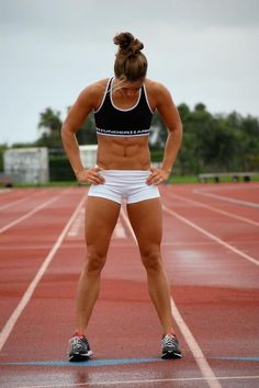 this is beauty!! not a stick, but rather strong girl!! how i def want to look
