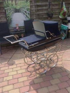 Een helemooie ouderwetse koelstra kinderwagen