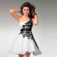 vestido com renda aplicada