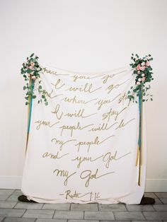 Gorgeous backdrop idea. Gold script lettering. Photography: Lauren Kinsey Fine Art Wedding Photography - laurenkinsey.com