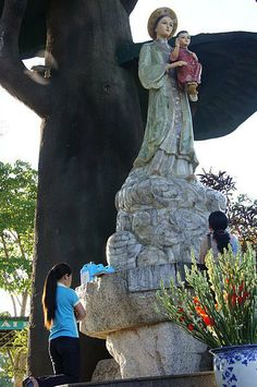 Mary - La Vang - Miracles - Saint Mary – Virgin Mary – Apparitions – Vietnam - Our Lady of La Vang - Miracle - Apparition - Angels