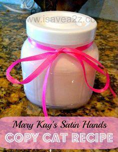 Homemade Sugar Scrub Recipe that feels just like Mary Kay& Satin Hands! Sugar Scrub Homemade, Sugar Scrub Recipe, Lotion Recipe, Diy Beauty Hacks, Beauty Tips, Mary Kay Satin Hands, Diy Scrub, Hand Scrub, All Nature
