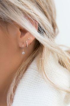 Celtic shamrock ear cuff no piercing* 925 sterling silver ear cuff for non-pierced ears* ear wrap * ear cuffs * earcuff - Custom Jewelry Ideas Emerald Earrings, Cartilage Earrings, Chain Earrings, Circle Earrings, Pendant Earrings, Pierced Earrings, Ear Jewelry, Jewelry Accessories, Jewellery