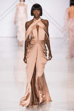 Spring 2017 Couture   Ralph & Russo Collection