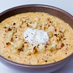 Roasted Garlic Cauliflower Soup - rich and creamy.  http://avocadopesto.com/2012/03/03/roasted-garlic-and-cauliflower-soup/