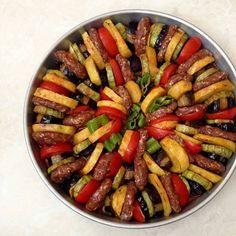 Sebzeli Köfte Yemeği Tarifi Sebzeli Köfte Yemeği Tarifi Nasıl Yapılır? Köfte sevenler sizlere harika bir yemek tarifi bekliyor sizi kızartma ile uğraştırmadan iftar va... #fırındasebzeliköfteyemeğitarifi #köfteyemekleritarifi #sebzeliköfteyemeğitarifi Quick Recipes, Egg Recipes, Dinner Recipes, Nutella, Turkish Recipes, Ethnic Recipes, Arabian Food, Veggie Dinner, Risotto