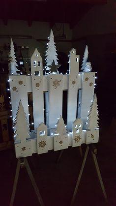 Holiday Wood Crafts, Homemade Christmas Decorations, Christmas Centerpieces, Xmas Decorations, Christmas Projects, Holiday Decor, Rustic Christmas, Christmas Crafts, Christmas Ornaments