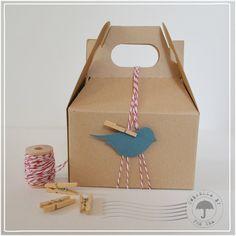 Kraft Gable Box & Bakers Twine Set by UmbrellabytheSea on Etsy, $6.00