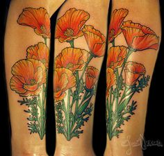 Gotta love a good floral tattoo