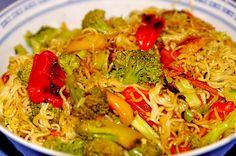 Asiatische Mie-Nudeln mit Gemüse, gebraten (Rezept mit Bild) | Chefkoch.de