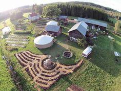 Setting up a Permaculture farm | Ridgedale Permaculture Permaculture Design, Plan Potager Permaculture, Permaculture Principles, Farm Gardens, Outdoor Gardens, Mandala Garden, Culture Bio, Farm Layout, Farm Plans