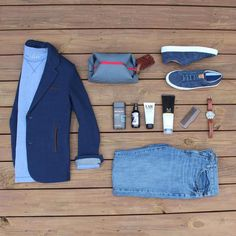 Outfit grid - Holiday essentials