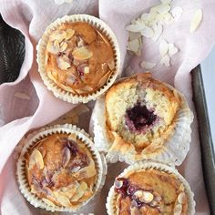 Pastry Cake, High Tea, Cupcake Cakes, Sweet Tooth, Muffins, Bakery, Breakfast, Desserts, Recipes