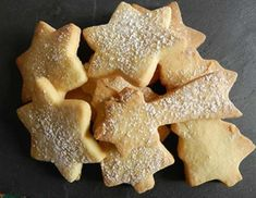 Christmas Cookie Recipes 66680 Small Christmas cookies with thermomix. Discover the recipe for Small Christmas Cookies, simple and easy to make during Christmas celebrations with the thermomix. Easy Christmas Cookie Recipes, Best Christmas Cookies, Easy Cookie Recipes, Christmas Baking, Christmas Holidays, Thermomix Desserts, Vegan Desserts, Easy Cheesecake Recipes, Dessert Recipes