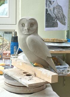 Fantastic Free of Charge clay pottery owl Popular Uilen in de maak You can find Pottery and more on our website.Fantastic Free of Charge clay pottery owl. Clay Birds, Ceramic Birds, Ceramic Animals, Clay Animals, Ceramic Pottery, Ceramic Art, Sculptures Céramiques, Art Sculpture, Pottery Sculpture