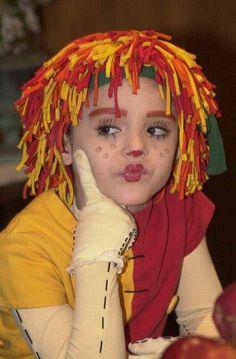Antes e depois do Sítio do Pica pau Amarelo --- A boneca de pano Emília - Isabelle Drummond