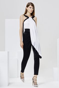 Issa Resort 2016 Look 23 of 27