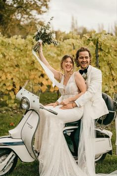 Italian and french vibes for this vinyard wedding elopement Image Photography, Amazing Photography, Elope Wedding, Wedding Dresses, October Wedding, Vineyard Wedding, Weddings, Elopements, Stylish