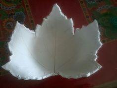 Herfst blad schaal van klei