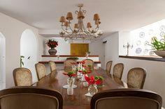 Open house - Ladymar e Herbert. Veja: http://www.casadevalentina.com.br/blog/detalhes/open-house--ladymar-e-herbert-3060 #decor #decoracao #interior #design #casa #home #house #idea #ideia #detalhes #details #openhouse #style #estilo #casadevalentina #diningroom #saladejantar