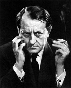 André Malraux foi um escritor francês de assuntos políticos e culturais.