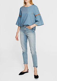 Nakışlı Mavi Bluz