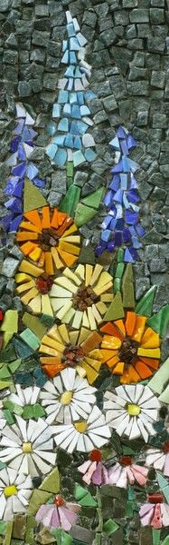 Gorgeous Flower Mosaic Garden Mosaics by Bea Pereira.Garden Mosaics by Bea Pereira. Mosaic Crafts, Mosaic Projects, Art Projects, Art Crafts, Stained Glass Art, Mosaic Glass, Mosaic Tiles, Mosaic Pots, Pebble Mosaic