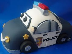 Cakery Creation: 3D cartoon police car tutorial by Liz Huber @ Cakery Creation in Palm Coast/St. Augustine