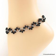 Black beaded chainmaille anklet, stainless steel – Tattooed and Chained Chainmai… - Jewelry Ideas Jump Ring Jewelry, Anklet Jewelry, Anklet Bracelet, Wire Jewelry, Body Jewelry, Beaded Jewelry, Jewelery, Handmade Jewelry, Beaded Bracelets