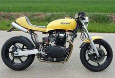 1980 Yamaha XS650 Cafe Racer. I'm spazzing. Make it Matte Black and I die.