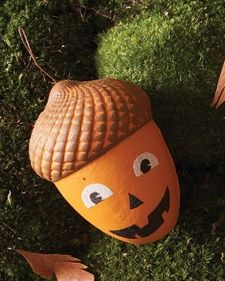 Hanging Acorn Treat Boxes | Step-by-Step | DIY Craft How To's and Instructions| Martha Stewart