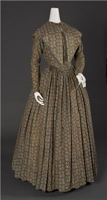 American, Dress, c. 1840-45, Cotton and/or wool and muslin   Wadsworth Atheneum Collection