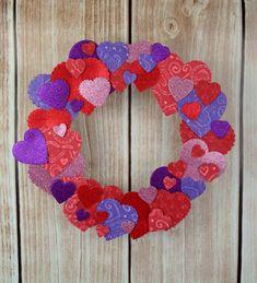 Walentynkowe dekoracje? Nic prostszego! Na pewno przyda wam się jednak coś z asortymentu do decoupage. http://plastycznie.pl/decoupage