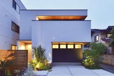Style At Home, Modern House Facades, Box Houses, Random House, Facade House, Landscape Lighting, Architecture Details, Tiny House, Villa