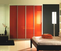 Find the latest innovations in Sliding Closet Doors in Miami at Armadi Closets. Customize your sliding doors to fit any closet size. Mirrored Wardrobe, Modern Wardrobe, Wardrobe Design, Wardrobe Furniture, Wardrobe Cabinets, Sliding Wardrobe Doors, Wardrobe Storage, Bed Wall, Simple House