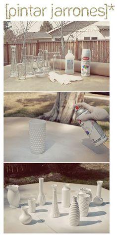 pintar jarrones-painted vases.