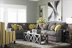 love this room except I think I would change the yellow for a teal