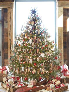 11 Amazing and ingenious Christmas Tree Toppers