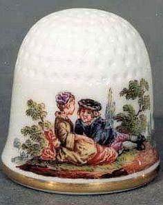 Vingerhoed van Watteau, hand geschilderd, Meissen Porcelain.