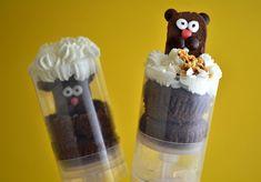 Groundhog Day Cupcake Push Pops - Foodista.com Holiday Treats, Holiday Fun, Holiday Recipes, Holiday Desserts, Cake Pops, Mini Cupcakes, Cupcake Cakes, Cupcake Ideas, Push Up Pops