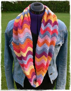crochet ripple scarf. Love all the colors together.