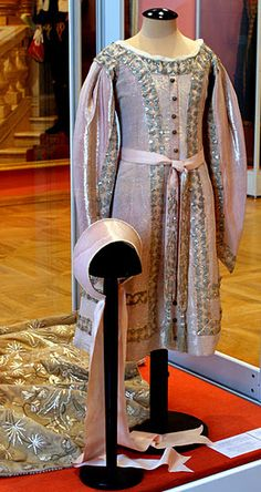The ceremonial gown and Kokoshnik cap of Grand Duchess Maria. This is the one I…