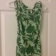 Sweet pea top Very cute and light top. Light green with darker green flowers. True to size Sweet Pea Tops Blouses