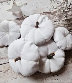 DIY genähte Kürbisse in weiß, DIY Kürbis, Herbstdeko in weiß, DIY pumkin